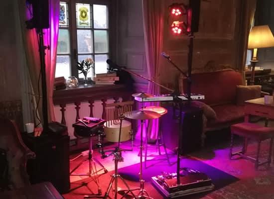 boka trubadur stockholm
